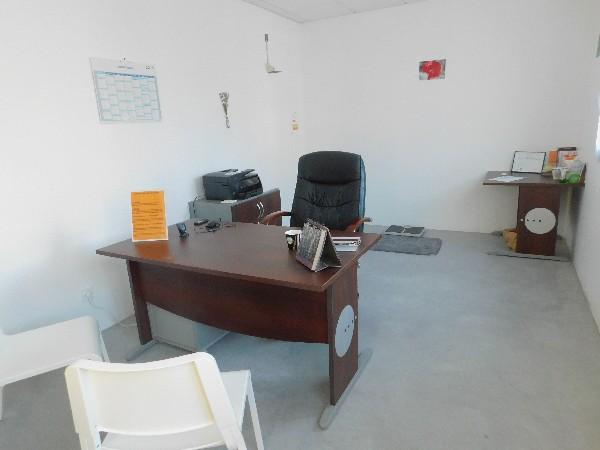 Voici le cabinet avec la salle de consultation